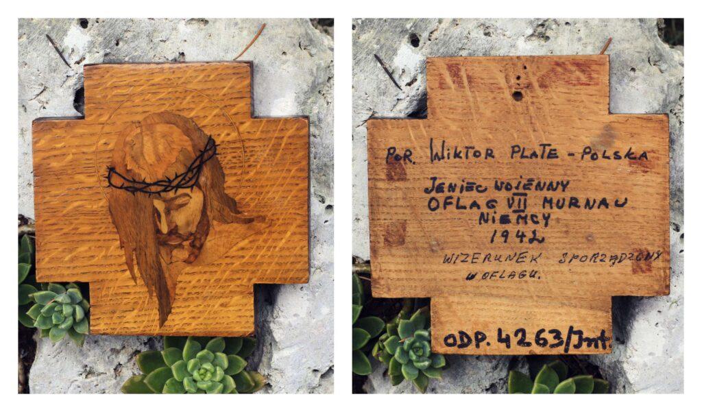 Wizerunek Jezusa, wykonany w Oflagu VII Murnau w 1942 r. przez jeńca por. Wiktora Plate. Został ofiarowany Janowi Pawłowi II i obecnie przechowywany jest w zbiorach Ośrodka Dokumentacji Pontyfikatu JPII w Rzymie.
